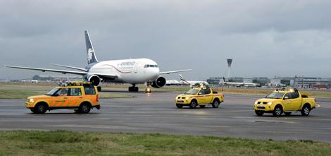 - 3AeroMexico-Heathrow470