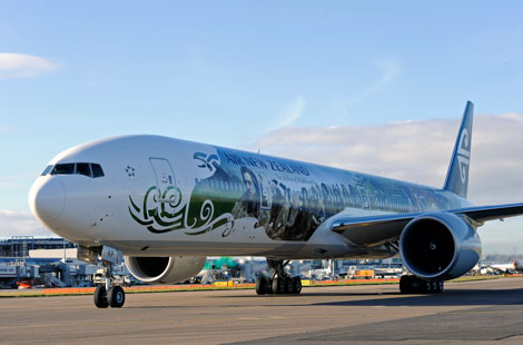 ANZ B777-300ER with Hobbit paintwork