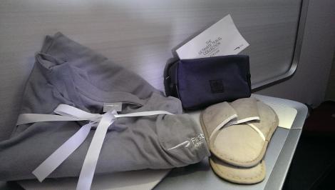 BA A380 sleep suit and Aromatherapy amenity bag