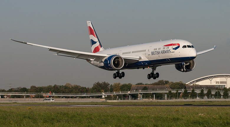BA\\\\\\'s first B787-9 lands at London Heathrow
