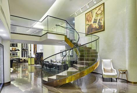 Crowne Plaza London - Battersea lobby