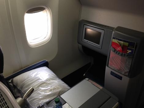 Delta B767-300ER row 1