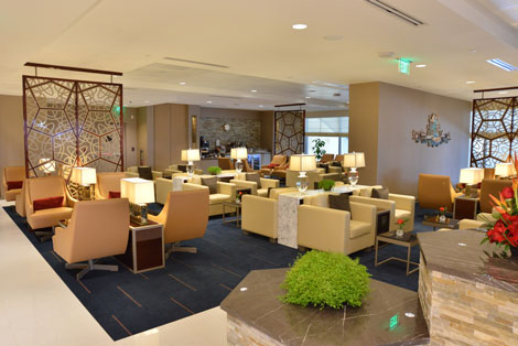 Emirates LAX lounge