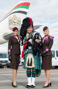 Etihad flight to Edinburgh welcomed by bagpiper