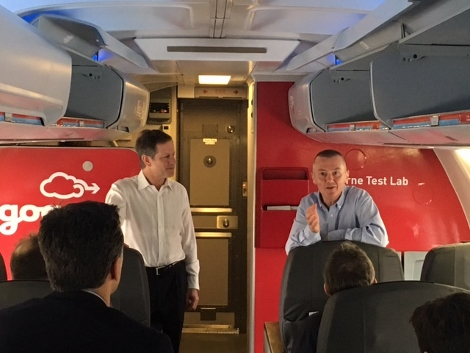 Gogo CEO Michael Small and IAG CEO Willie Walsh