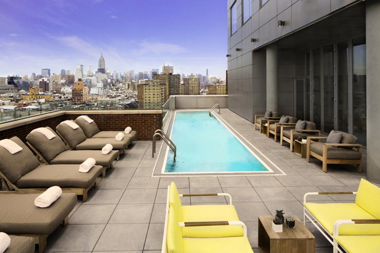 IHG Hotel Indigo pool