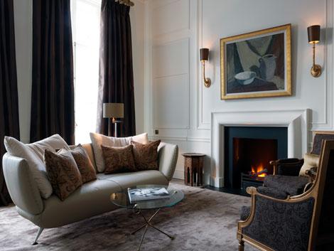 Kensington hotel suite living room