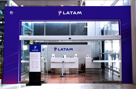 LATAM check-in counter