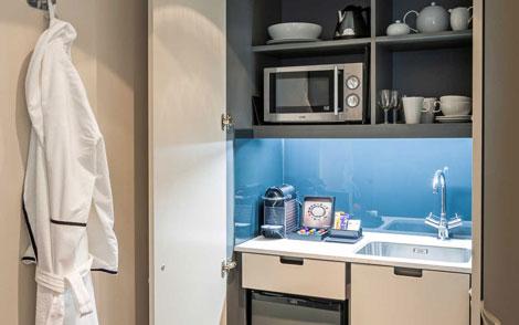 Nadler Soho mini-kitchen