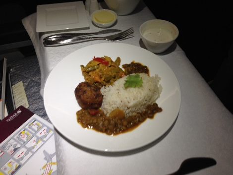 Qatar Airways A319 all business class food