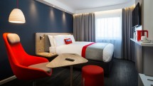 Holiday Inn Express next-generation room