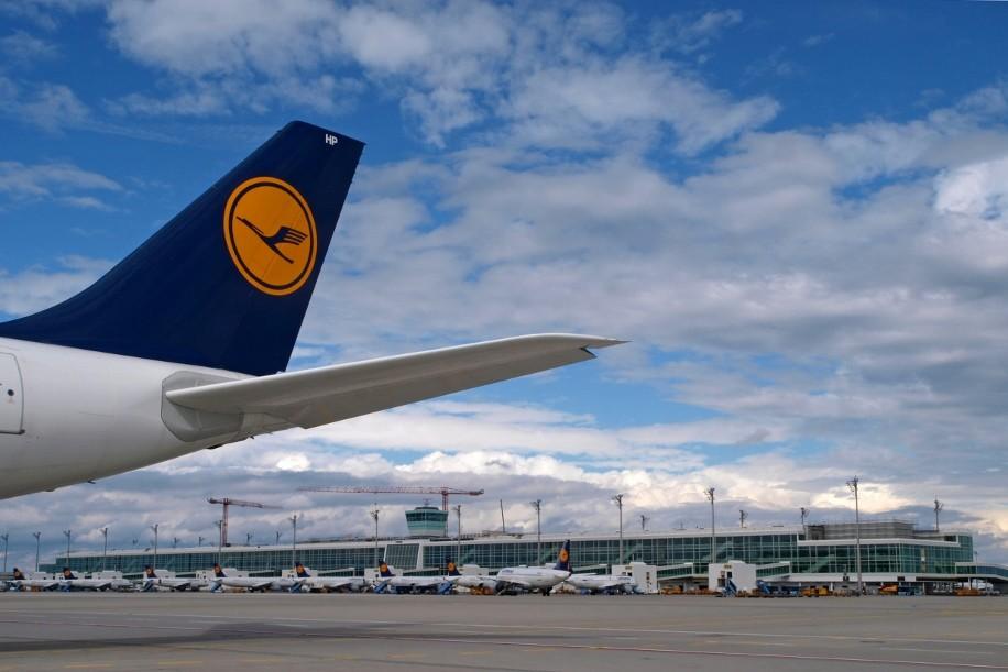 Lufthansa Munich Satellite 2