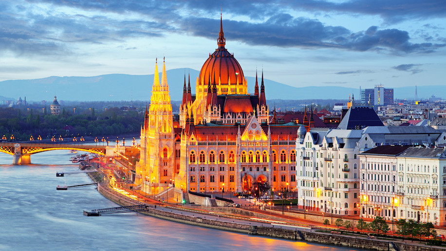 Poland's LOT to open USA services from Hungary