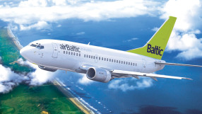 Air Baltic B737