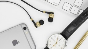 Master & Dynamic M50H earphones