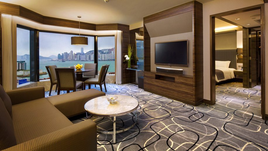 New World Millennium Hong Kong Hotel - Harbour View Suite Living Room