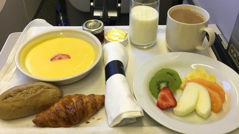 Breakfast on BA B777-200 Club World