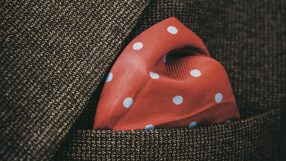 Fashion: Pocket Square (iStock_86196129)
