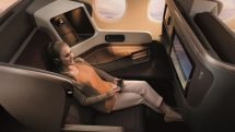 Singapore Airlines' A350 and B777 business class seat