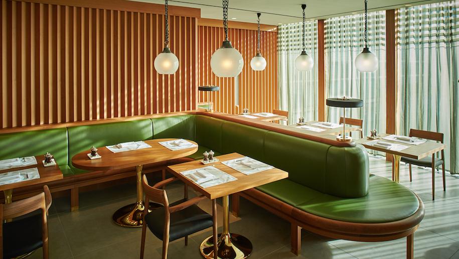 CX first class Heathrow restaurant