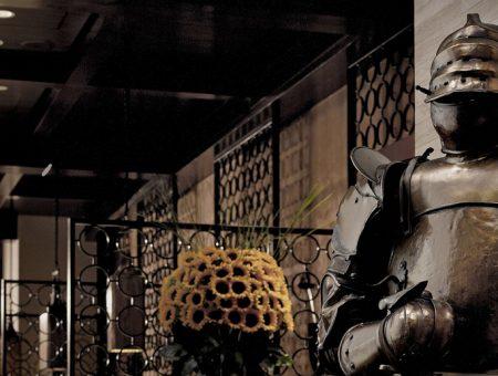 Hugo's Entrance at Hyatt Regency TST HK