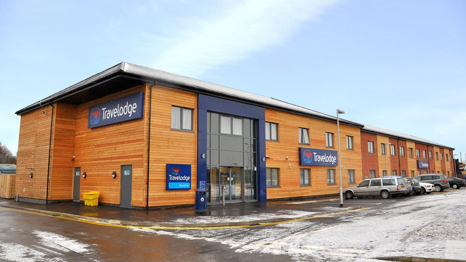 travelodge opens stockport and kings lynn properties. Black Bedroom Furniture Sets. Home Design Ideas