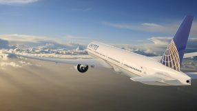 United B777-300ER
