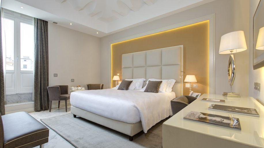 Hotel update Global round up Business Traveller The  : Aleph Rome Prestige Room 916x516 from www.businesstraveller.com size 916 x 516 jpeg 58kB