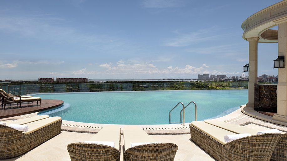 The Langham, Haikou swimming pool