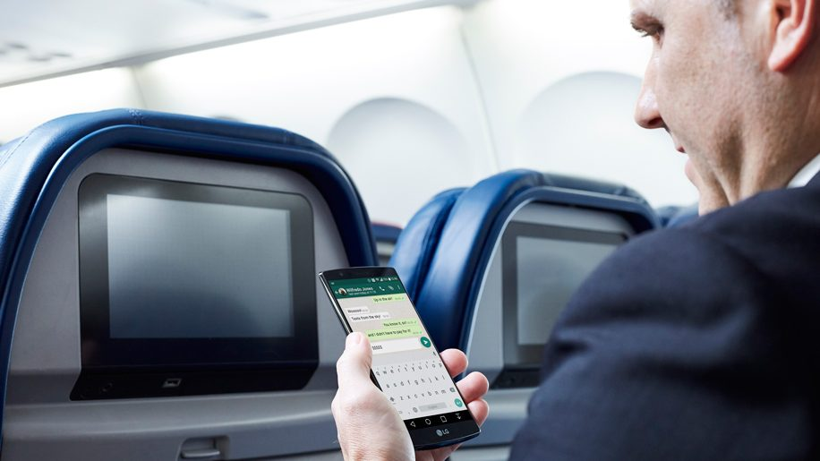 Delta Airlines introduces free messaging on flights